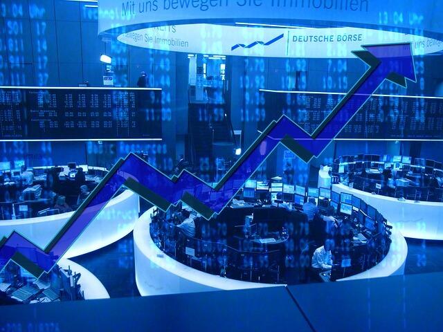 Mittagsborse Dax Legt Leicht Zu Lufthansa Sap Vw Gerresheimer Comdirect Und Manz Im Blick Kapitalmarktexperten De